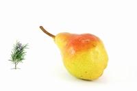 Gelée de poires au romarin 350 g  Pot de 350 g